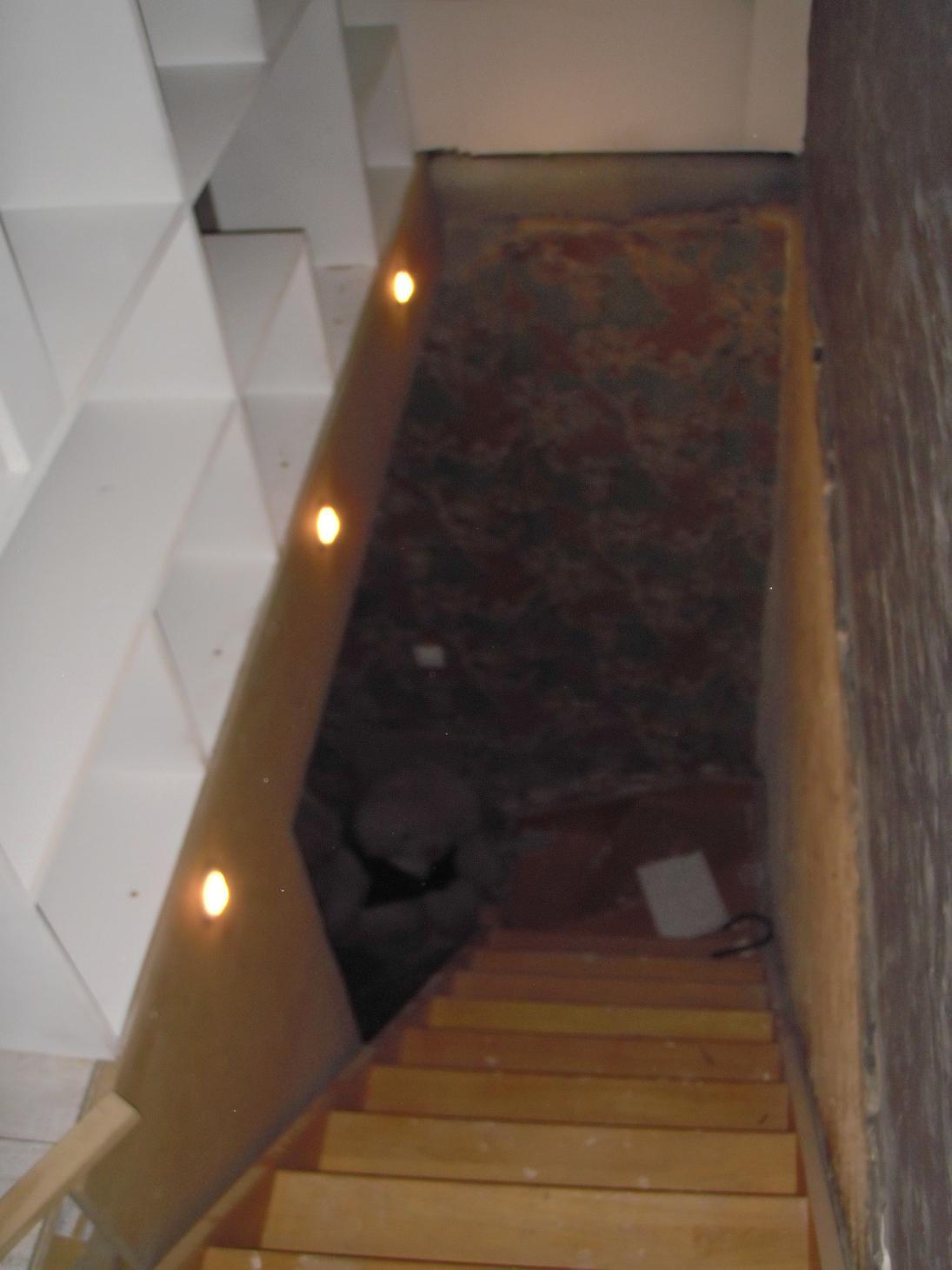 Escalier Sous Sol Simple Escalier En Hickory Huil Soussol With